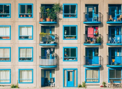 4 ways to live rent-free while teaching English abroad